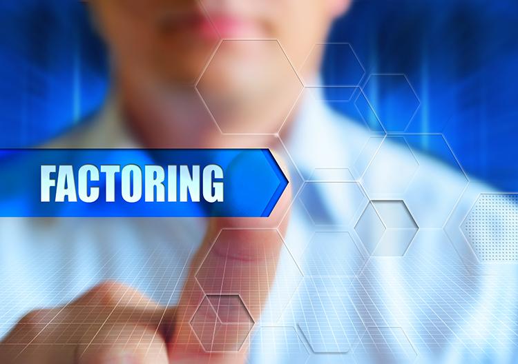 Mit jelent a faktoring fogalma?